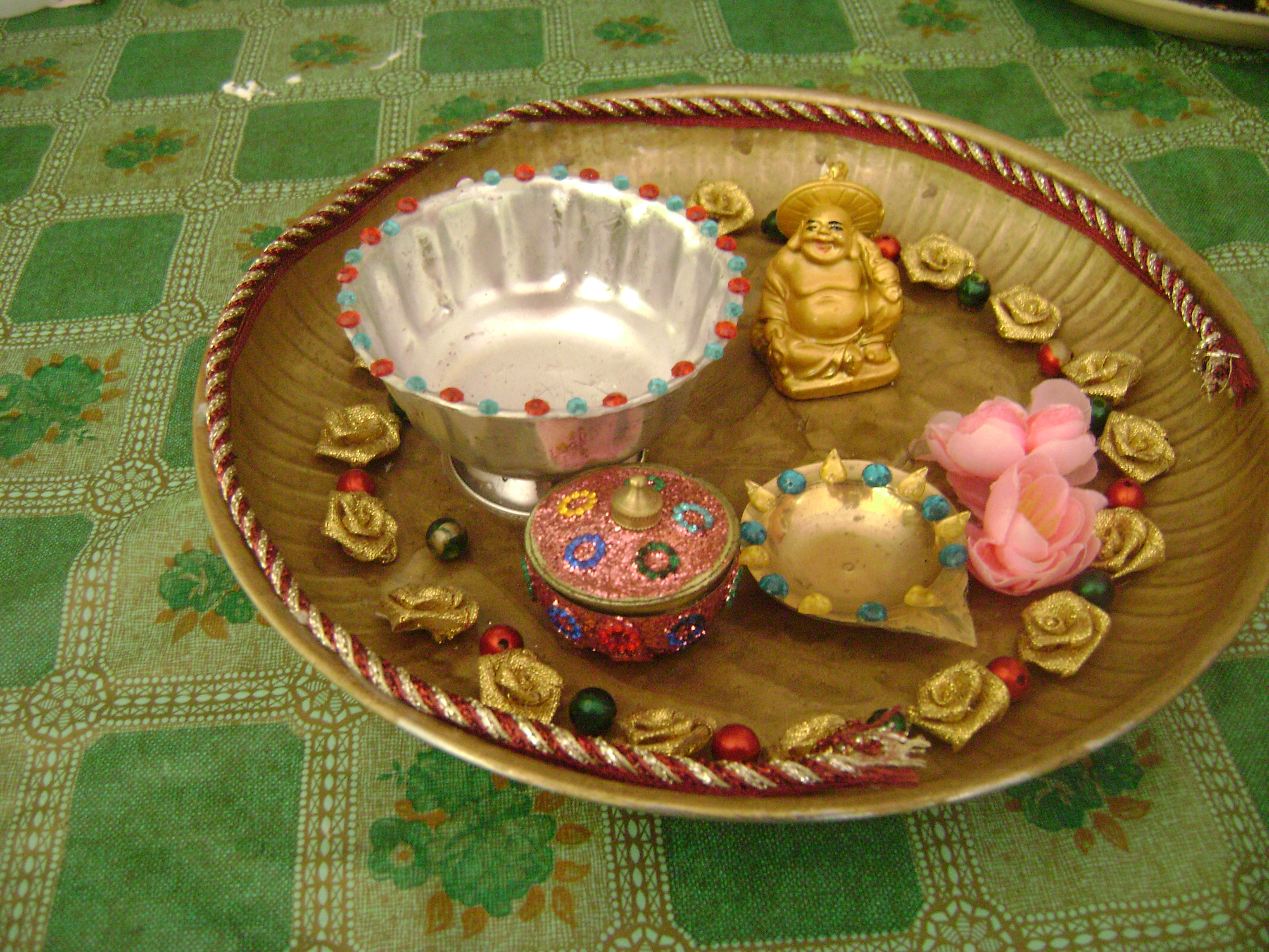 Photos aarti plate aarti plate decoration for Aarthi plates decoration