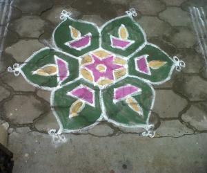 Rangoli: Margazhi simple Kolams
