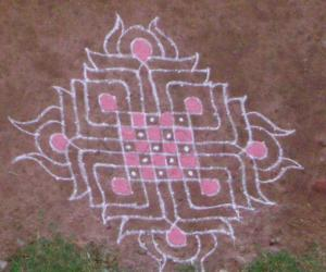 Rangoli: chess board kolam