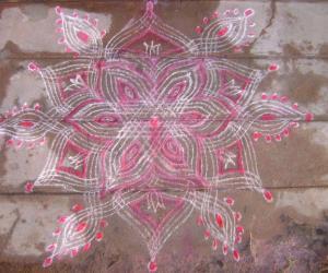 Rangoli: sashti kolam