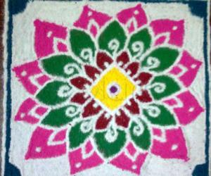 Holi Flower