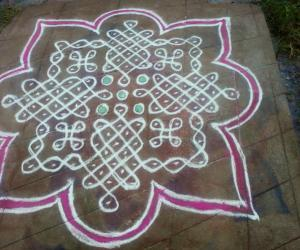 Kolam with dots