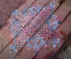 Rangoli: copycat kolam