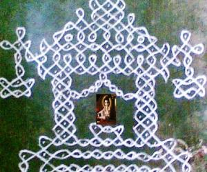 Rangoli: Krishna Jayanthi Special - Sikku Kolam - 30