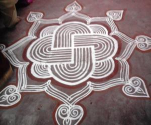 Rangoli: navratrikolam