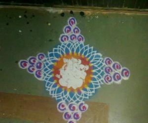 Rangoli: Simple design with ganapathi stencil