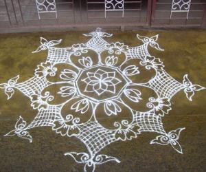 Rangoli: Margazhi drops