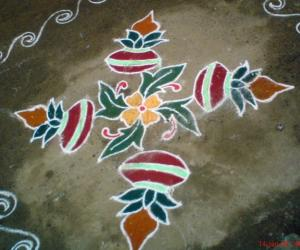 Rangoli: Kumbam