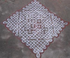 Rangoli: Sikku Kolam - 70