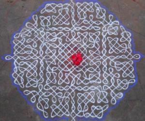 Rangoli: Sikku Kolam - 72