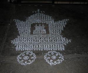 Rangoli: Dotted chikku ther/chariot kolam