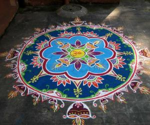 Rangoli: Deepavali Kolam - Daylight version