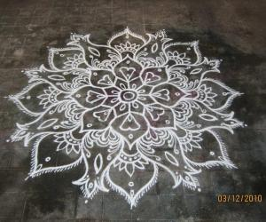 Rangoli: Friday Freehand Kolam