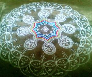 Rangoli: Marghazhi kolam - 10
