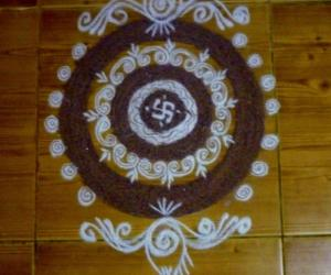 Rangoli: B'day  Kolam