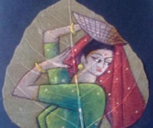 Rangoli: Painting on dry Ashwata leaf