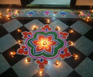 Rangoli: Deepavali muggu