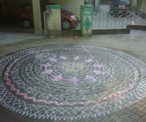 Rangoli: Margazhi  Dew Drops Rangoli Contest-entry