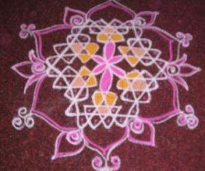 Rangoli: small dotted kolam