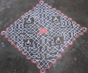 Rangoli: Sikku kolam-94