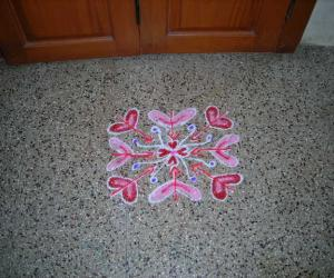 Rangoli: Kidney and heart kolam