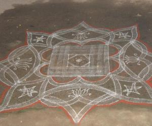 Varalakshmi nombu  - Kuzhal kolam outside the compound
