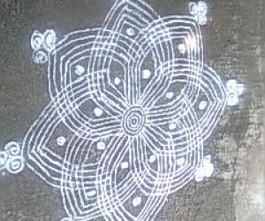 Rangoli: traditional
