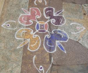 Rangoli: dotted kolam 41