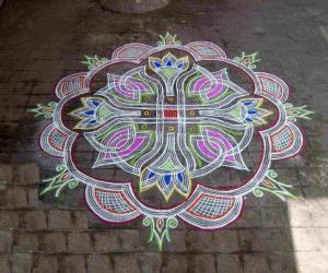 Rangoli: Kuzhal Kolam on a special day