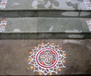 Rangoli: Kutti kolam