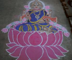 Rangoli: kolam in front of Kolu 2011