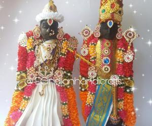 Sri Aamaruviappan perumal and Sengamalavalli thayar