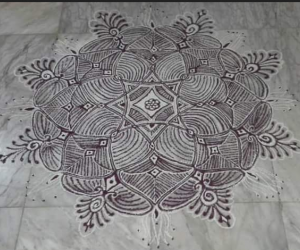 Rangoli: Padi kolam for margazhi