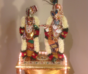 Andal and Krishnar