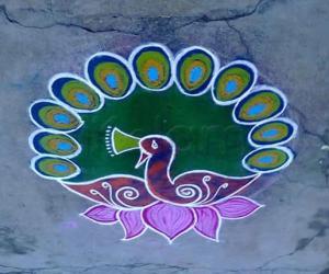 Rangoli: Happy Friday
