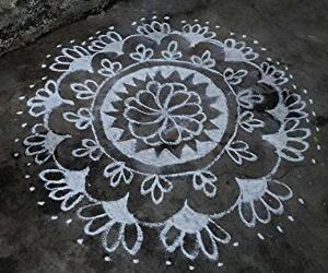 Rangoli: Rangoli design in white