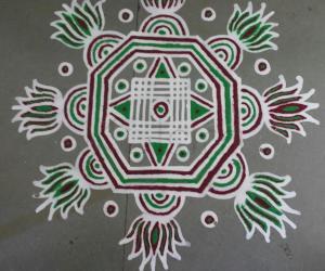Rangoli: colourful maakolam