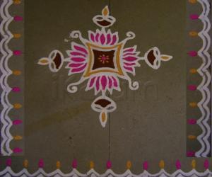 Rangoli: Simple maakolam with colors