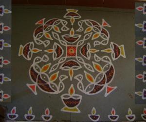 Rangoli: Deepam Maakolam