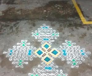 Rangoli: Dotted Margazhi Kolam