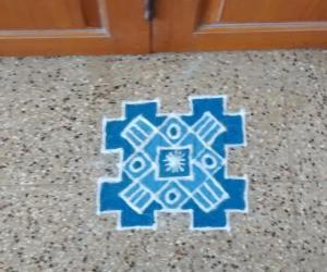 Rangoli: Navarathri dotted kolam