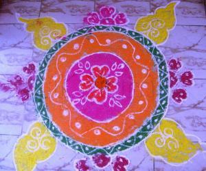 Rangoli: Free Hand Rangoli
