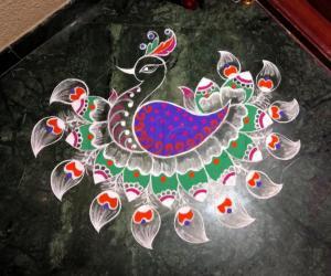 Rangoli: 2018- A peacock Rangoli for the Goddess of ThirukaDayur.....Abhirami....