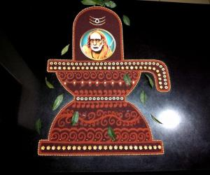 Maasi Sevvaai-1- Shivlingam with Mahaperiyavaa...February-19th