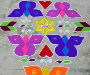 Rangoli: Butterfly kolam in 15 dots