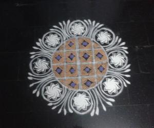 Rangoli: Stencil kolam