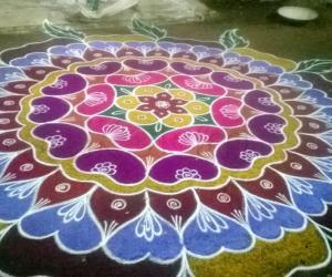 COLORFUL RANGOLI