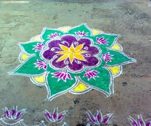 Free hand rangoli on varamahalakshmi pooja