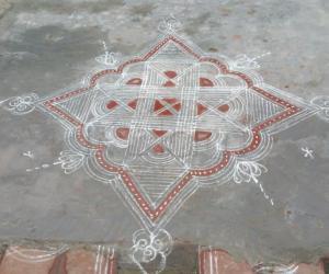 Rangoli: chitra pornami kolam