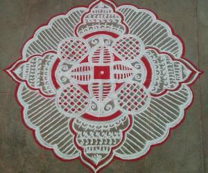 Rangoli: Aadi pooram spl kolam